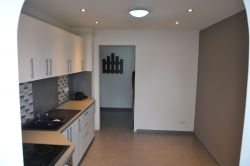 Vand apartament 3 Camere, lux, zona Grivitei, Brasov - Anunturi Imobiliare